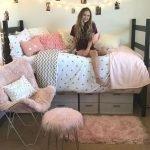 22 Best DIY Crafts For Bedroom Walls (11)