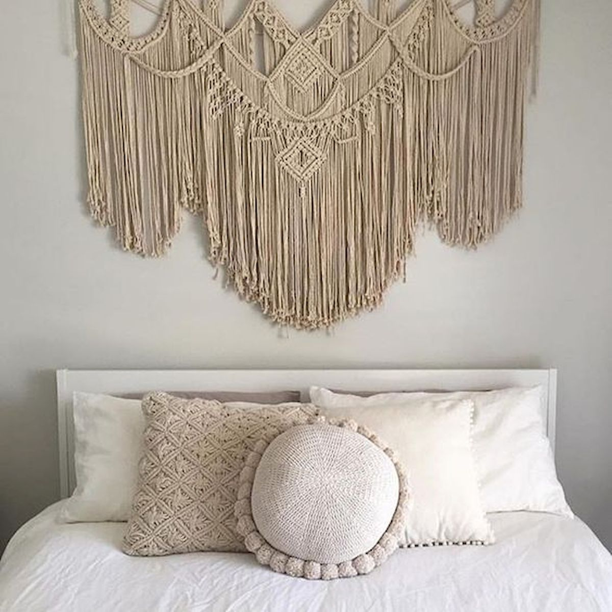 22 Best DIY Crafts for Bedroom Walls (2)