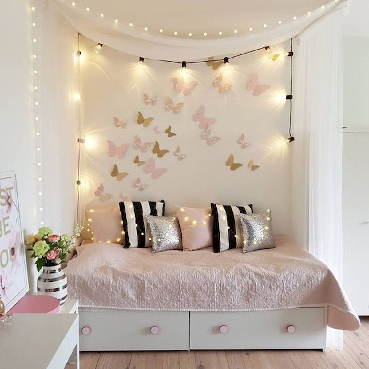 22 Best DIY Crafts for Bedroom Walls (5)