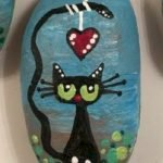 50 Best DIY Painted Rocks Animals Cats For Summer Ideas (18)