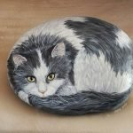50 Best DIY Painted Rocks Animals Cats For Summer Ideas (21)