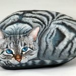 50 Best DIY Painted Rocks Animals Cats For Summer Ideas (36)