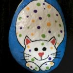 50 Best DIY Painted Rocks Animals Cats For Summer Ideas (40)
