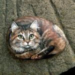 50 Best DIY Painted Rocks Animals Cats For Summer Ideas (50)