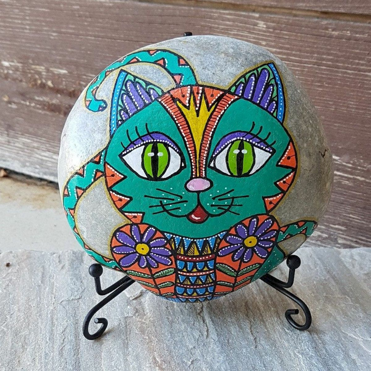 50 Best DIY Painted Rocks Animals Cats for Summer Ideas (8)