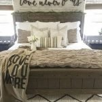 55 Romantic DIY Bedroom Decor For Couple (15)