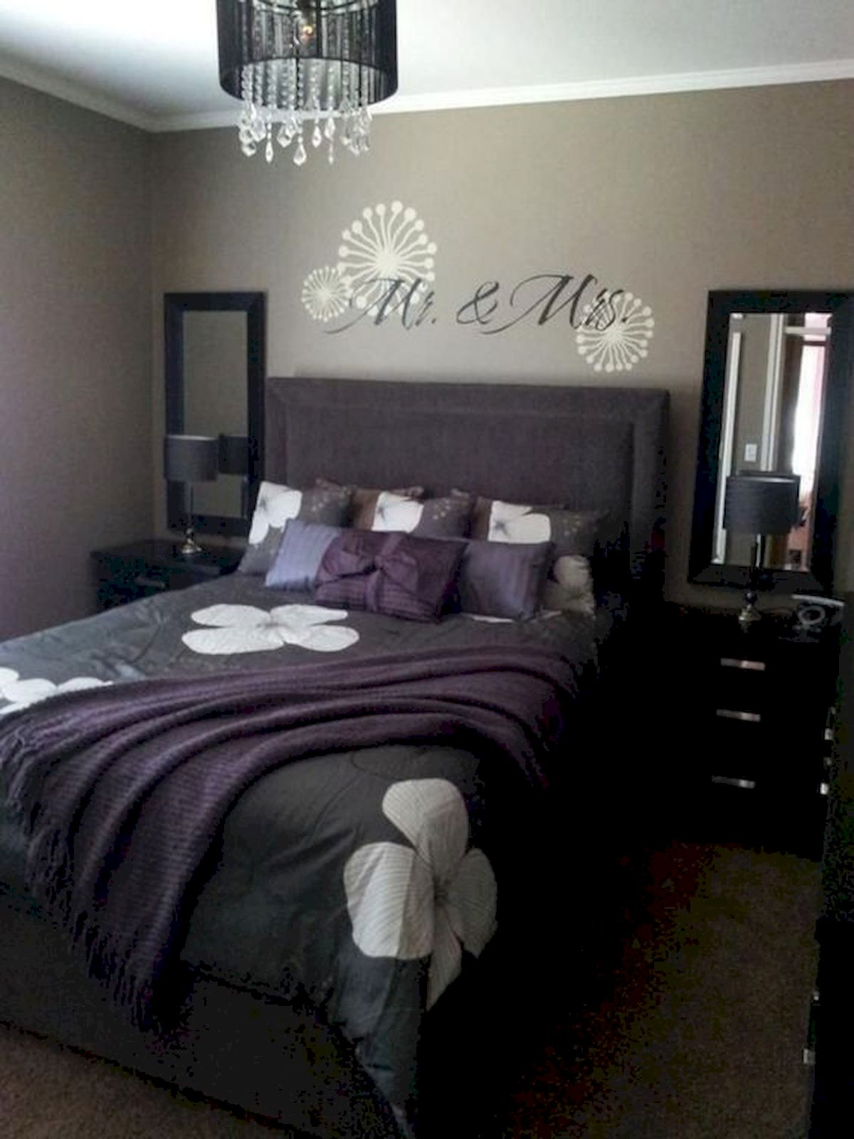 55 Romantic DIY Bedroom Decor for Couple (17)