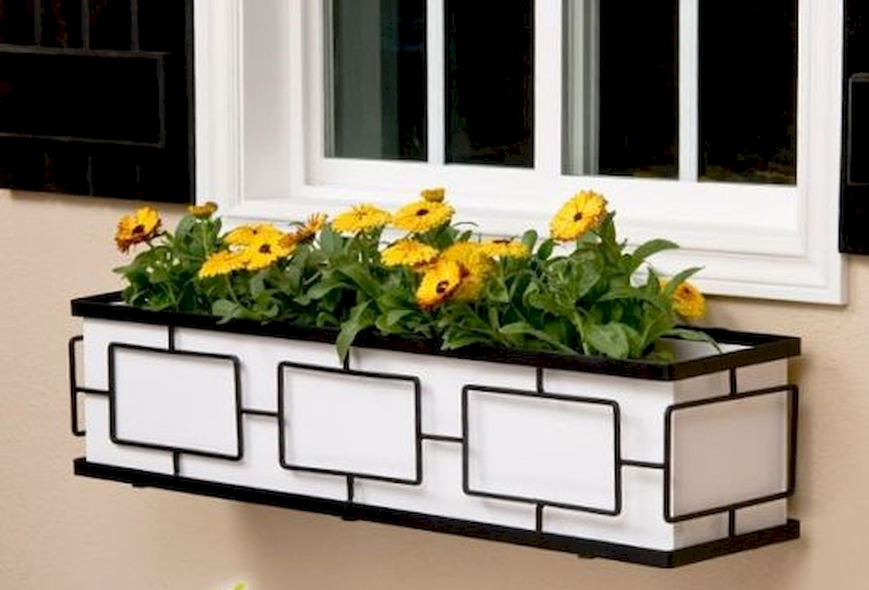 30 Awesome DIY Flowers Boxes Ideas (10)