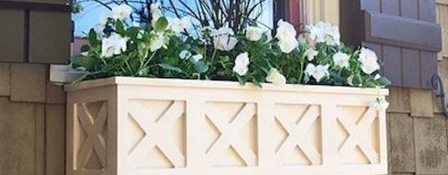 30 Awesome DIY Flowers Boxes Ideas (27)