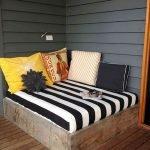 30 Awesome DIY Patio Furniture Ideas (13)