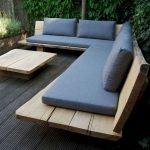 30 Awesome DIY Patio Furniture Ideas (5)