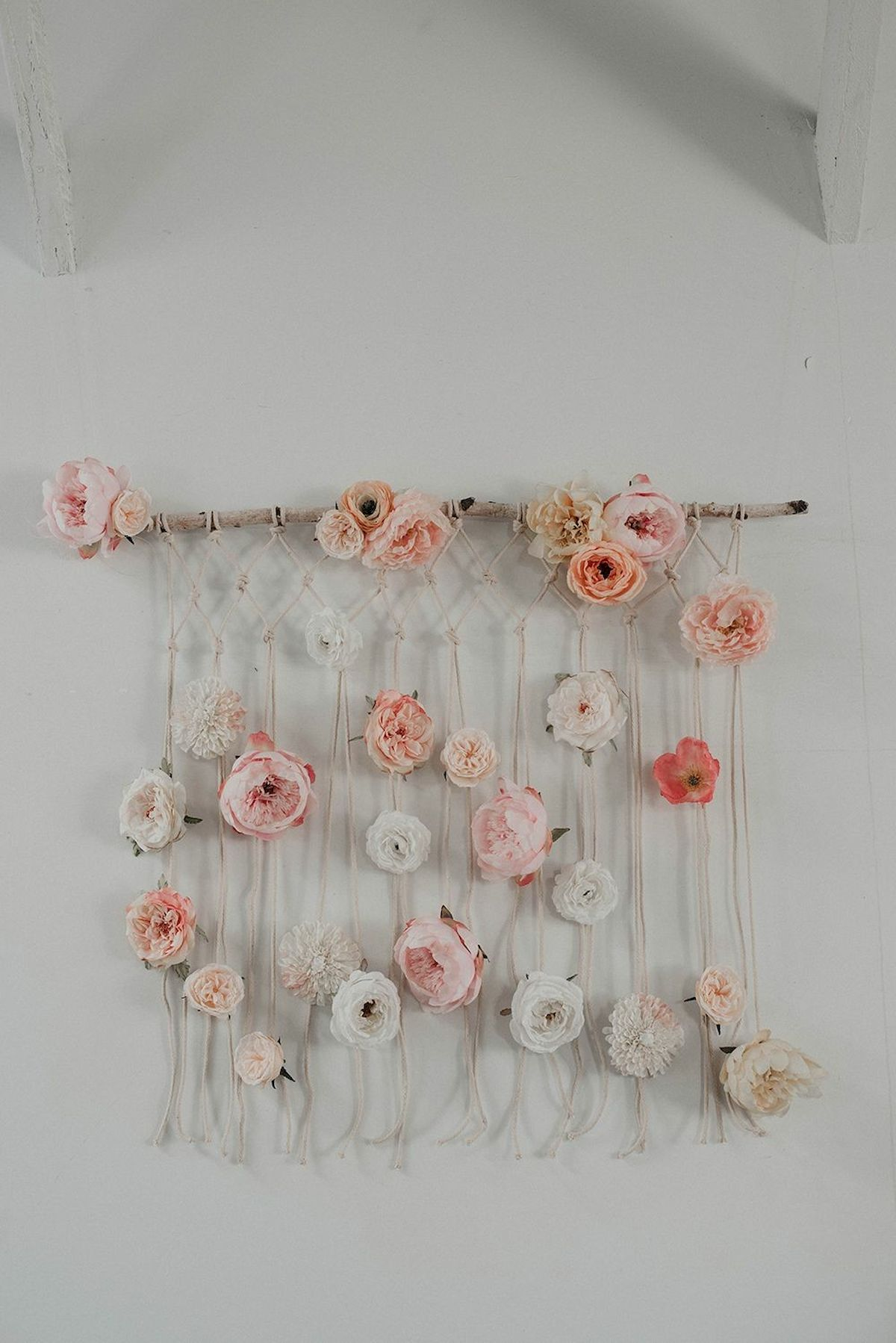 33 Awesome DIY Crafts Ideas for Interior Home Wall (23)