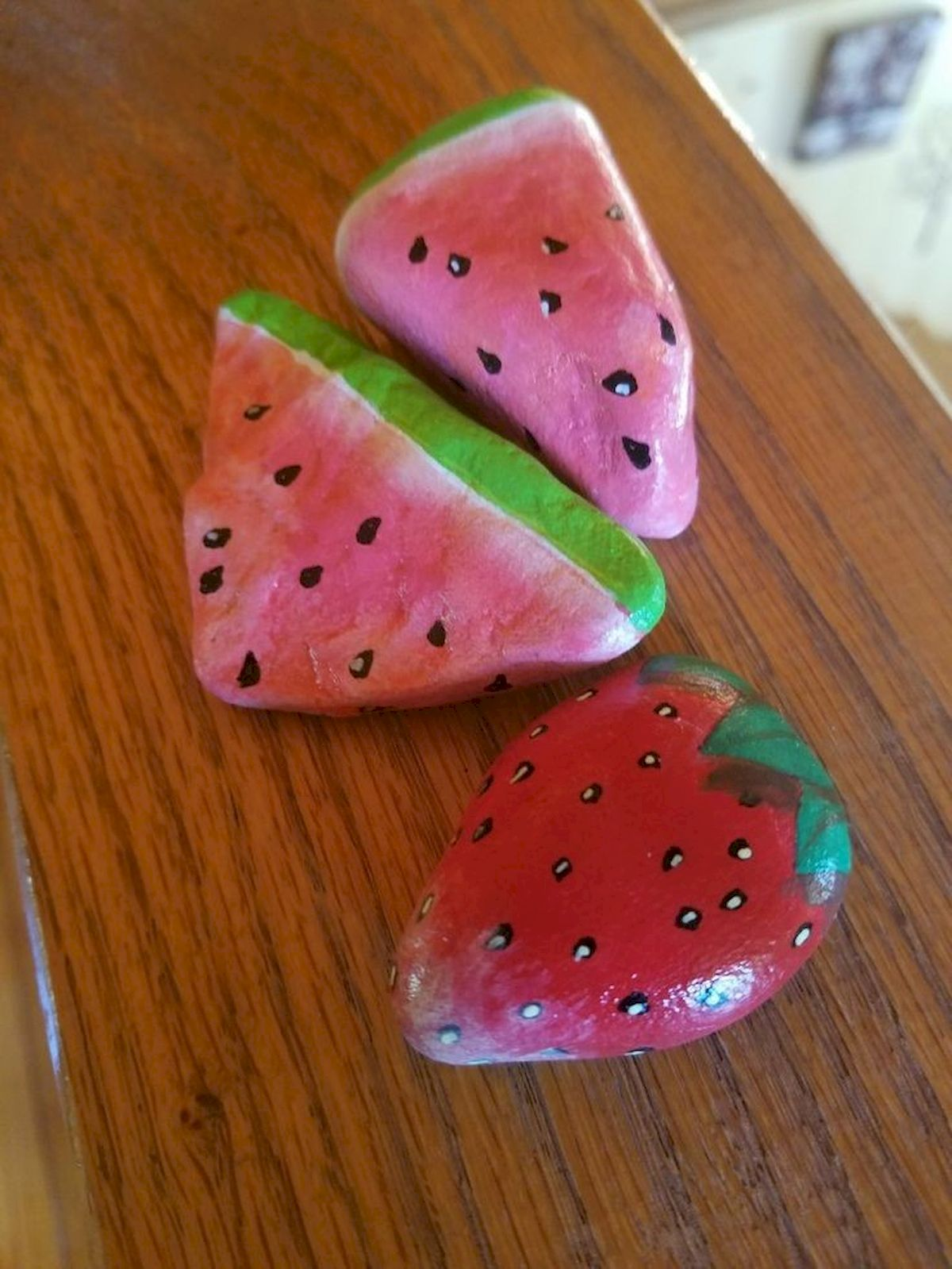 40 Awesome DIY Painted Rocks Fruits Ideas (13)