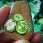 40 Awesome DIY Painted Rocks Fruits Ideas (31)
