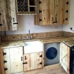 50 Amazing DIY Pallet Kitchen Cabinets Design Ideas (28)