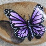 55 Cute DIY Painted Rocks Animals Butterfly Ideas (10)