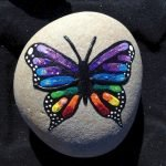 55 Cute DIY Painted Rocks Animals Butterfly Ideas (17)