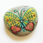 55 Cute DIY Painted Rocks Animals Butterfly Ideas (19)