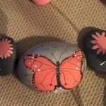 55 Cute DIY Painted Rocks Animals Butterfly Ideas (22)