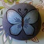 55 Cute DIY Painted Rocks Animals Butterfly Ideas (29)