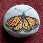 55 Cute DIY Painted Rocks Animals Butterfly Ideas (3)