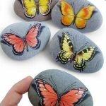 55 Cute DIY Painted Rocks Animals Butterfly Ideas (34)