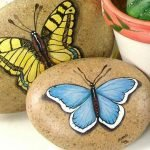 55 Cute DIY Painted Rocks Animals Butterfly Ideas (36)