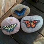 55 Cute DIY Painted Rocks Animals Butterfly Ideas (38)