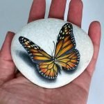 55 Cute DIY Painted Rocks Animals Butterfly Ideas (48)