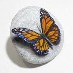 55 Cute DIY Painted Rocks Animals Butterfly Ideas (50)