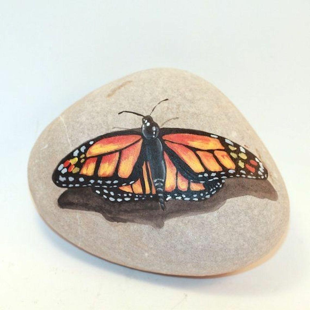 55 Cute DIY Painted Rocks Animals Butterfly Ideas (55)