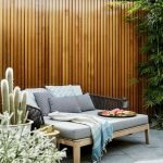 60 Awesome DIY Backyard Privacy Design and Decor Ideas (12)