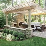 60 Awesome DIY Backyard Privacy Design and Decor Ideas (2)