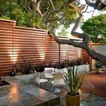 60 Awesome DIY Backyard Privacy Design and Decor Ideas (3)