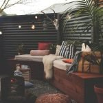 60 Awesome DIY Backyard Privacy Design and Decor Ideas (37)