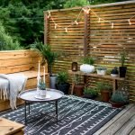 60 Awesome DIY Backyard Privacy Design and Decor Ideas (9)