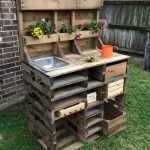 60 Awesome DIY Pallet Garden Bench and Storage Design Ideas (10)