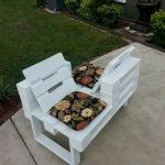 60 Awesome DIY Pallet Garden Bench and Storage Design Ideas (28)
