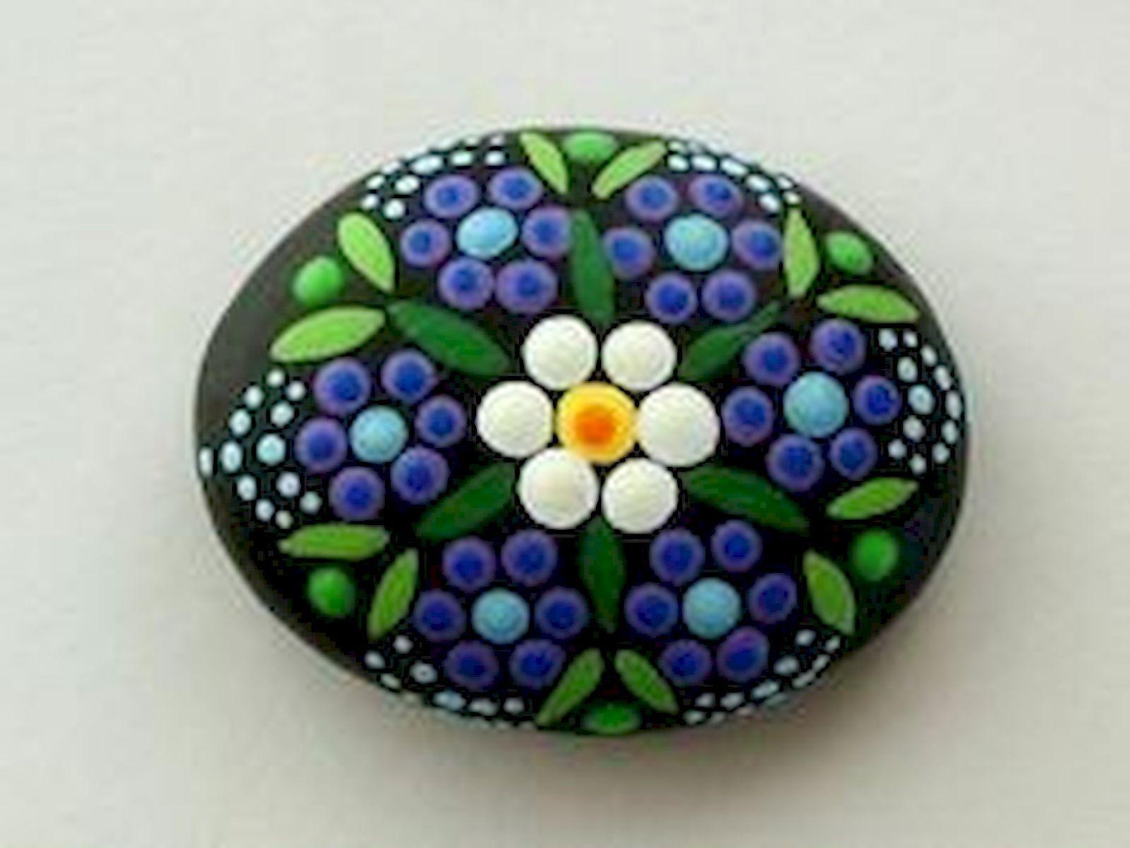 60+ Beautiful DIY Painted Rocks Flowers Ideas (10)