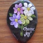 60+ Beautiful DIY Painted Rocks Flowers Ideas (18)