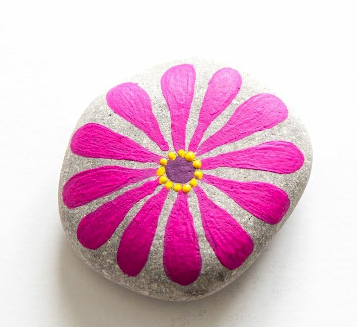 60+ Beautiful DIY Painted Rocks Flowers Ideas (19)