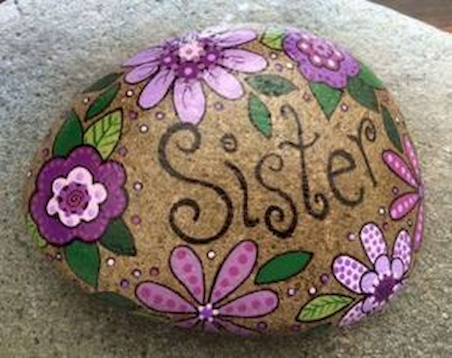 60+ Beautiful DIY Painted Rocks Flowers Ideas (35)