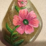 60+ Beautiful DIY Painted Rocks Flowers Ideas (39)
