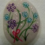 60+ Beautiful DIY Painted Rocks Flowers Ideas (50)