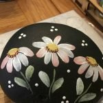 60+ Beautiful DIY Painted Rocks Flowers Ideas (53)