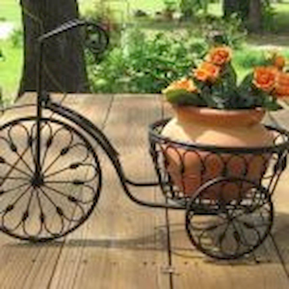 60 Creative DIY Garden Art From Junk Design Ideas (21)