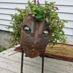 60 Creative DIY Garden Art From Junk Design Ideas (35)