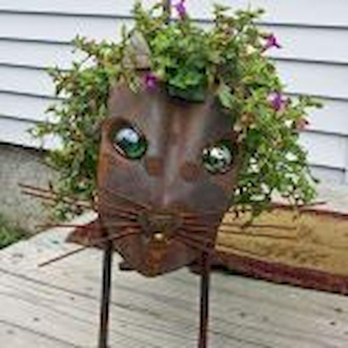 60 Creative DIY Garden Art From Junk Design Ideas (35)