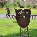 60 Creative DIY Garden Art From Junk Design Ideas (56)
