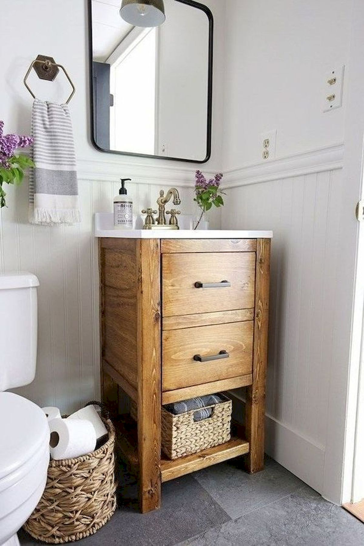 50 Best DIY Storage Design Ideas to Maximize Your Small Bathroom Space (17)